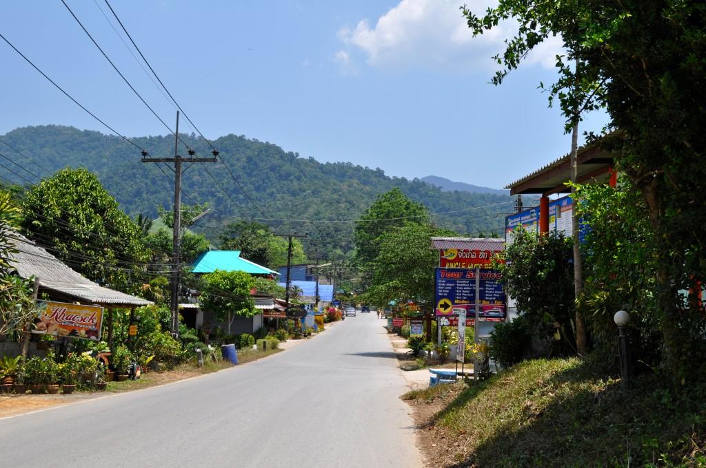 Khao Sok village