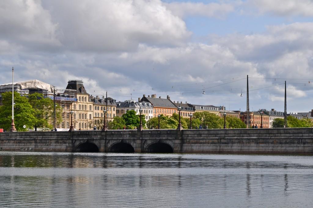 Dronning Louises bro, Copenhagen