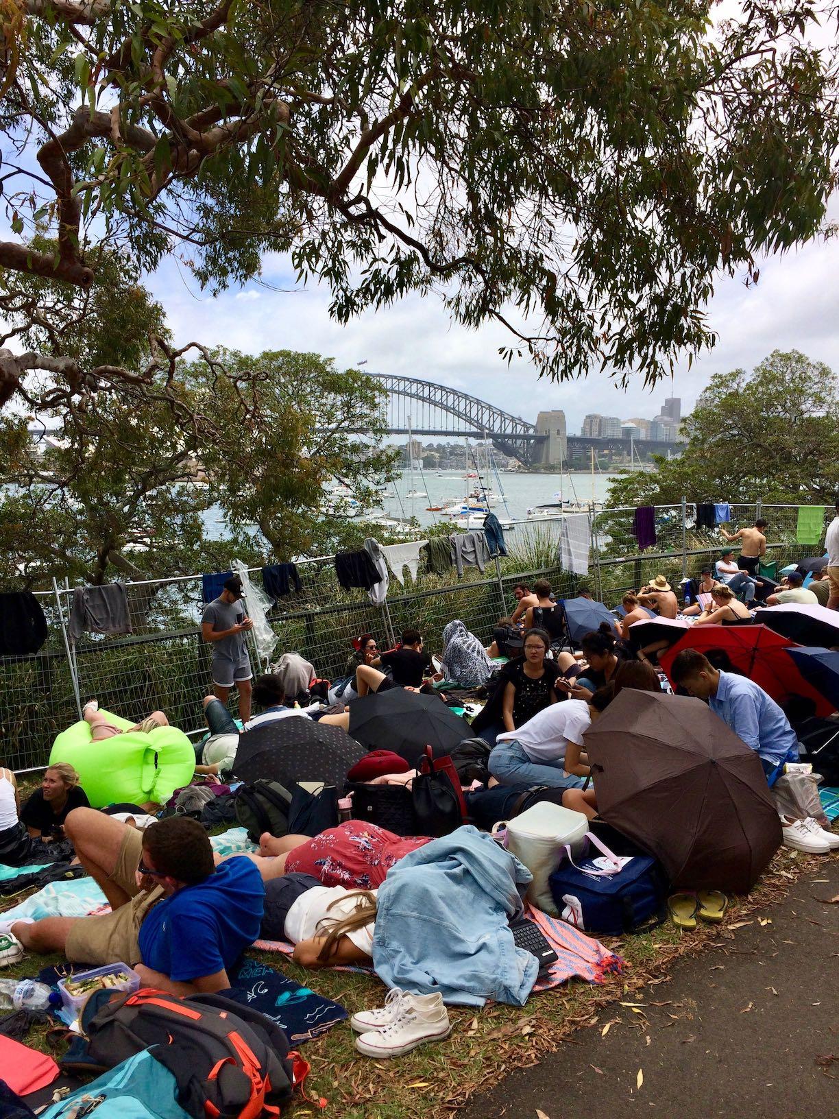 NYE-Sydney-Macquarie-Chair-View