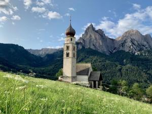 Church St Valentin, Alpe di Suisi, Dolomites, Italie